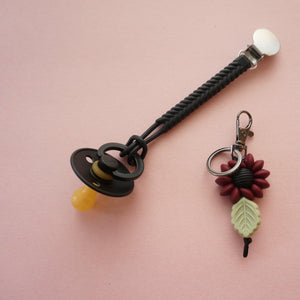 Wildflower key/bag clip