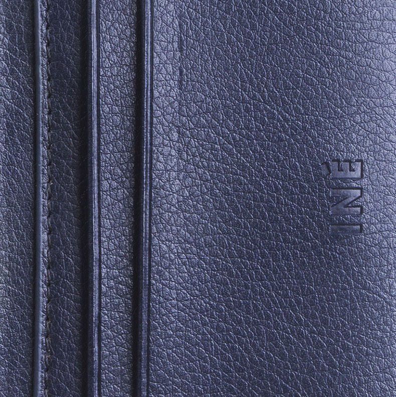 Iné • The Wallet Recycled Leather