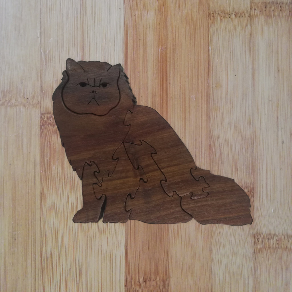 Persian Cat (sitting): handmade wooden puzzle