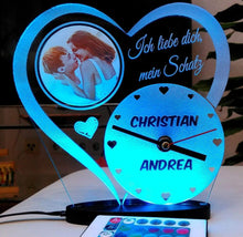 Load image into Gallery viewer, topgraveure Geschenk 180 x 175 mm / FOTO+NAME+UHR RGB Liebe Valentinstag Geschenk IHR FOTO+NAME+UHR Geburtstag Hochzeitstag LED-Licht