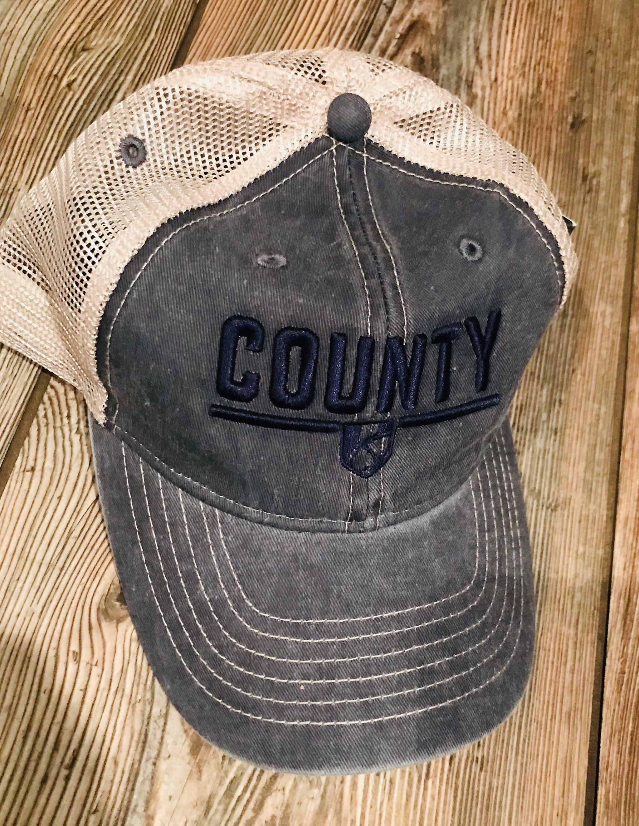 COUNTY Legend Women's Cap