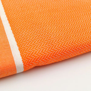 Fouta chevron couleur orange zoom - by foutas