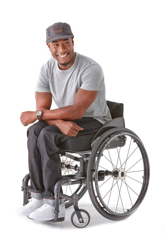 Men's Straight Leg Jeans in Black - The latest in wheelchair fashion.