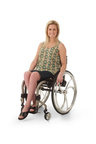 wheelchair model wearing accessible chino shorts for women