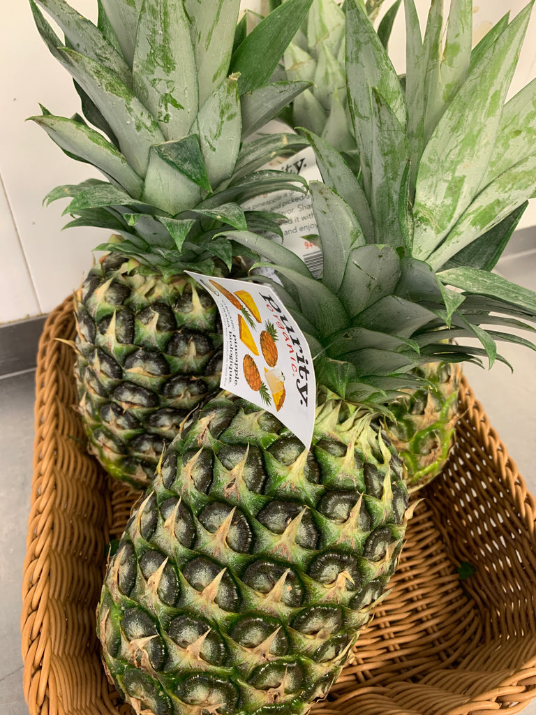 Fruit, Lancaster Farm Fresh, Organic Pineapple