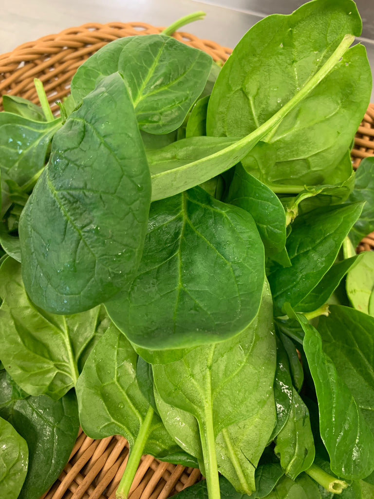Lancaster Farm Fresh, Organic Flat Leaf Spinach, 6 oz bag