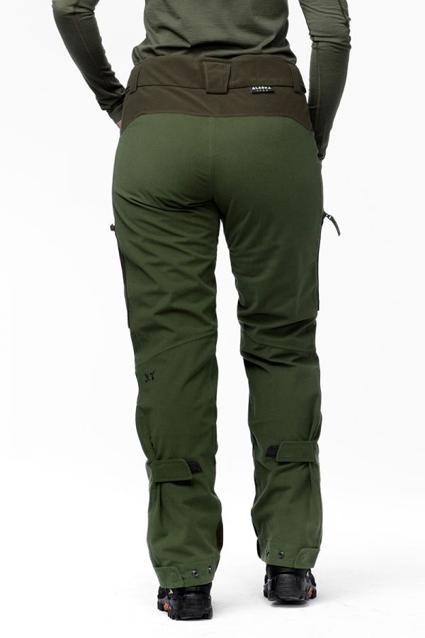women-apex-pant-green3.jpg