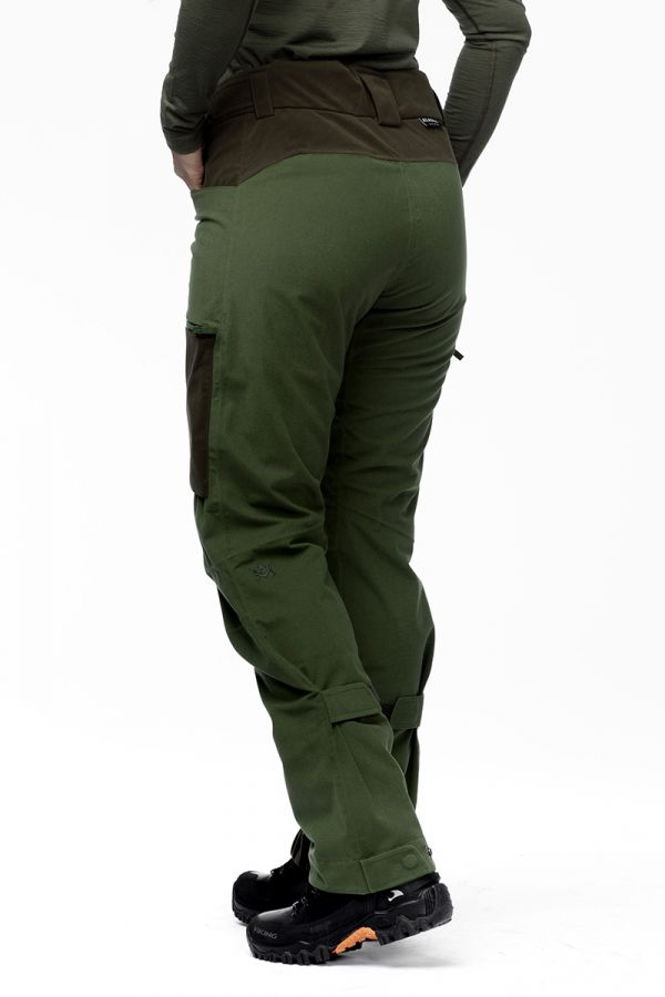 women-apex-pant-green4.jpg