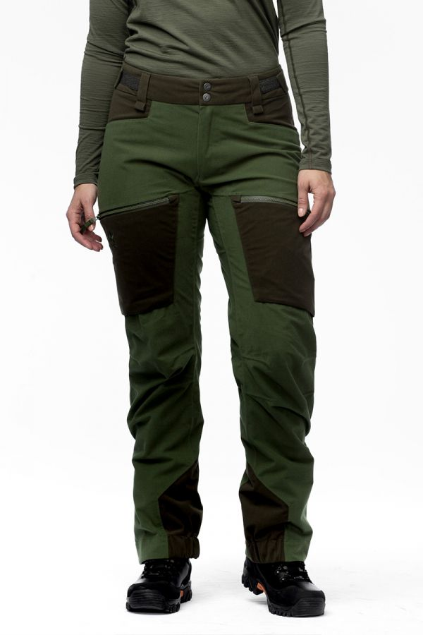 women-apex-pant-green2.jpg