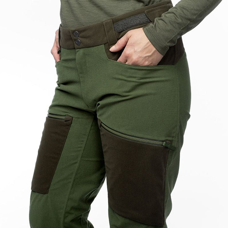 women-apex-pant-green5.jpg