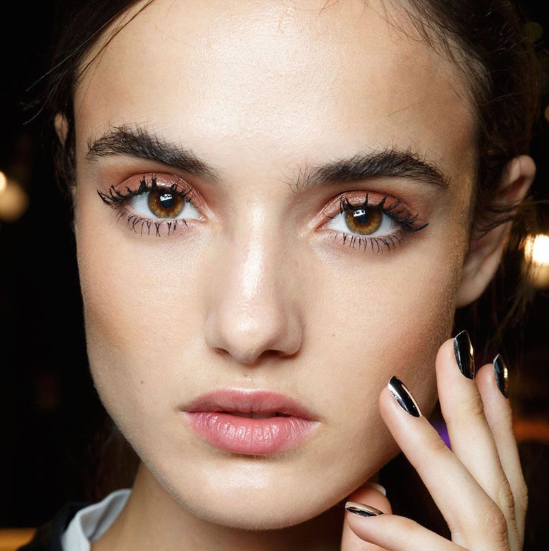 6 Tricks to Stop Your Mascara from Clumping