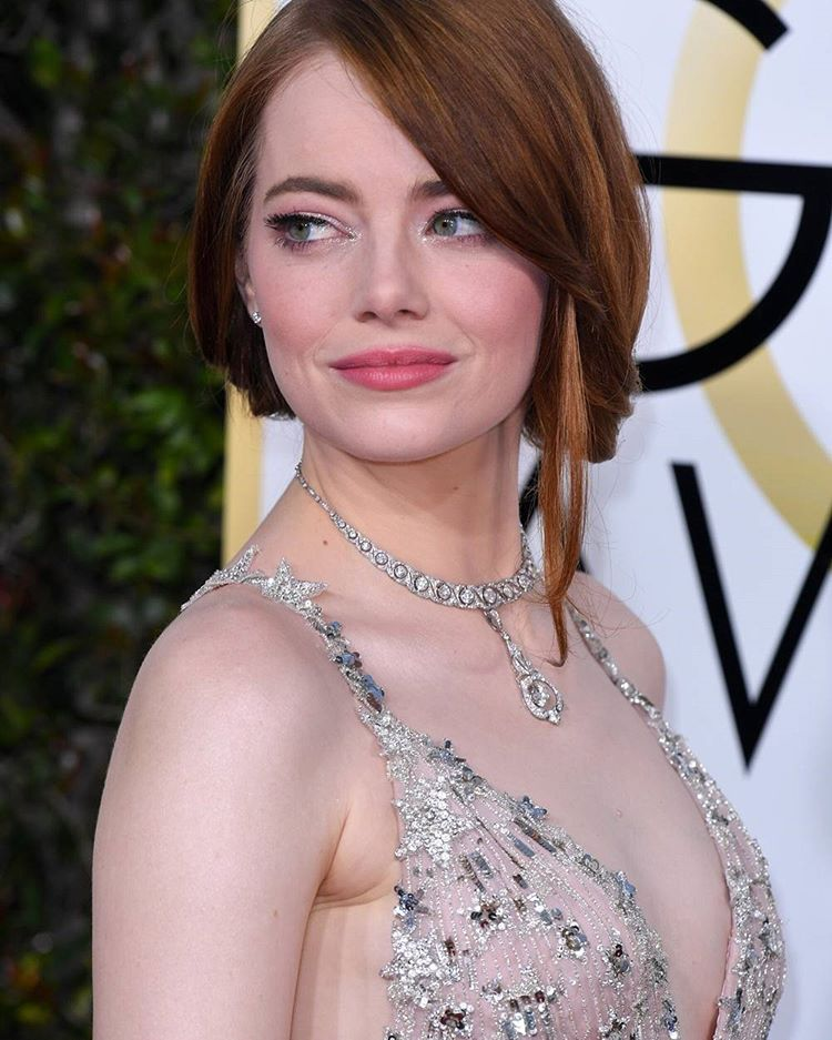 Get the Look: Recreate Emma Stone's Magical Golden Globes Makeup