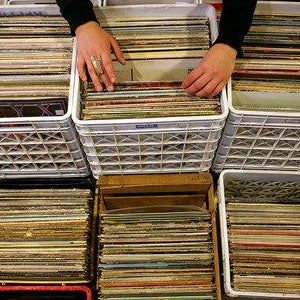 How to buy and inspect used records