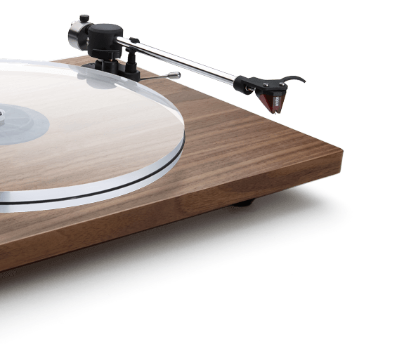 Walnut Orbit Special tonearm detail view