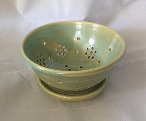 Berry Bowl with dish, Light Green