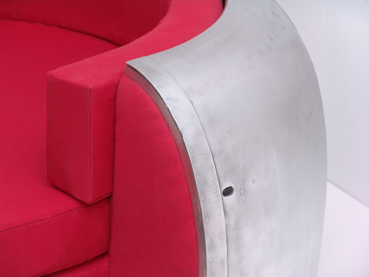 C45 Cowling Couch