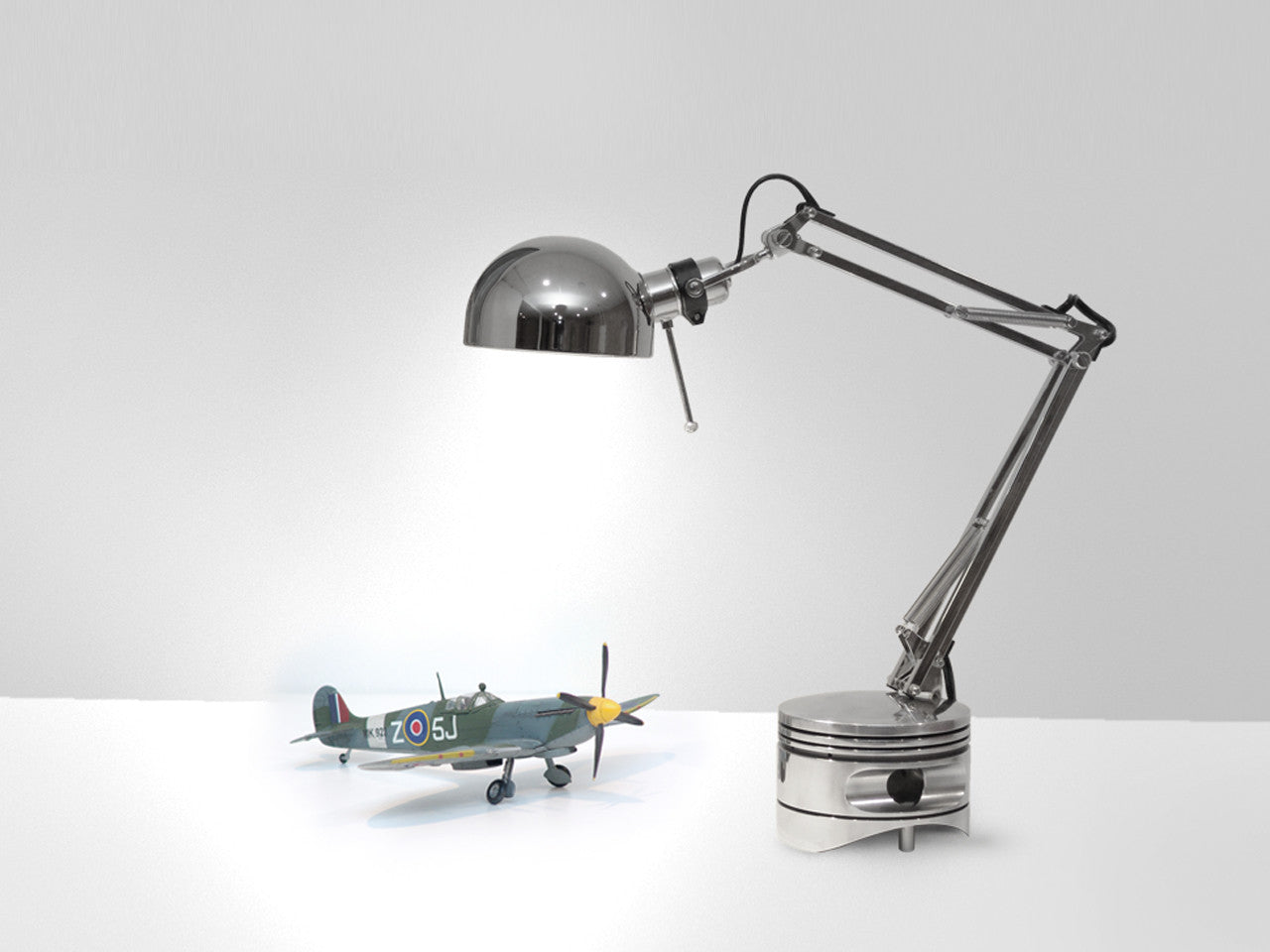 Radial Engine Piston Lamp Mk-II