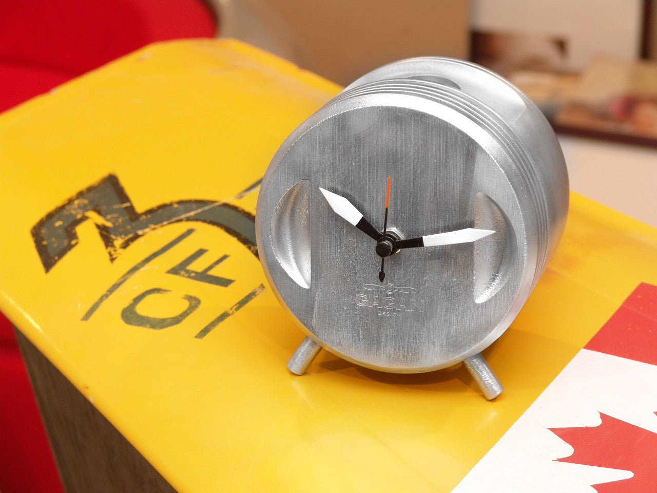 Zulu: Aviator Clock