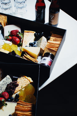 CHEESE HAMPER 4
