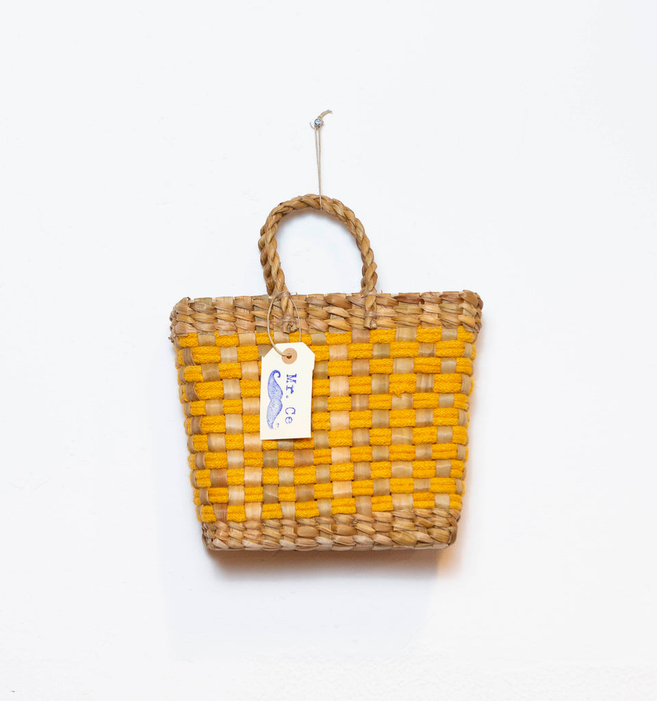 BASKET VINTAGE YELLOW  S