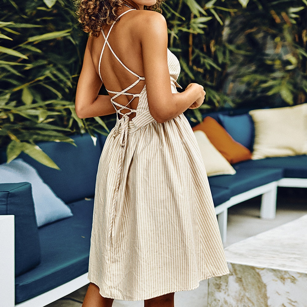 Elegant Ruched Knotted Dress - DreamBoutiquee