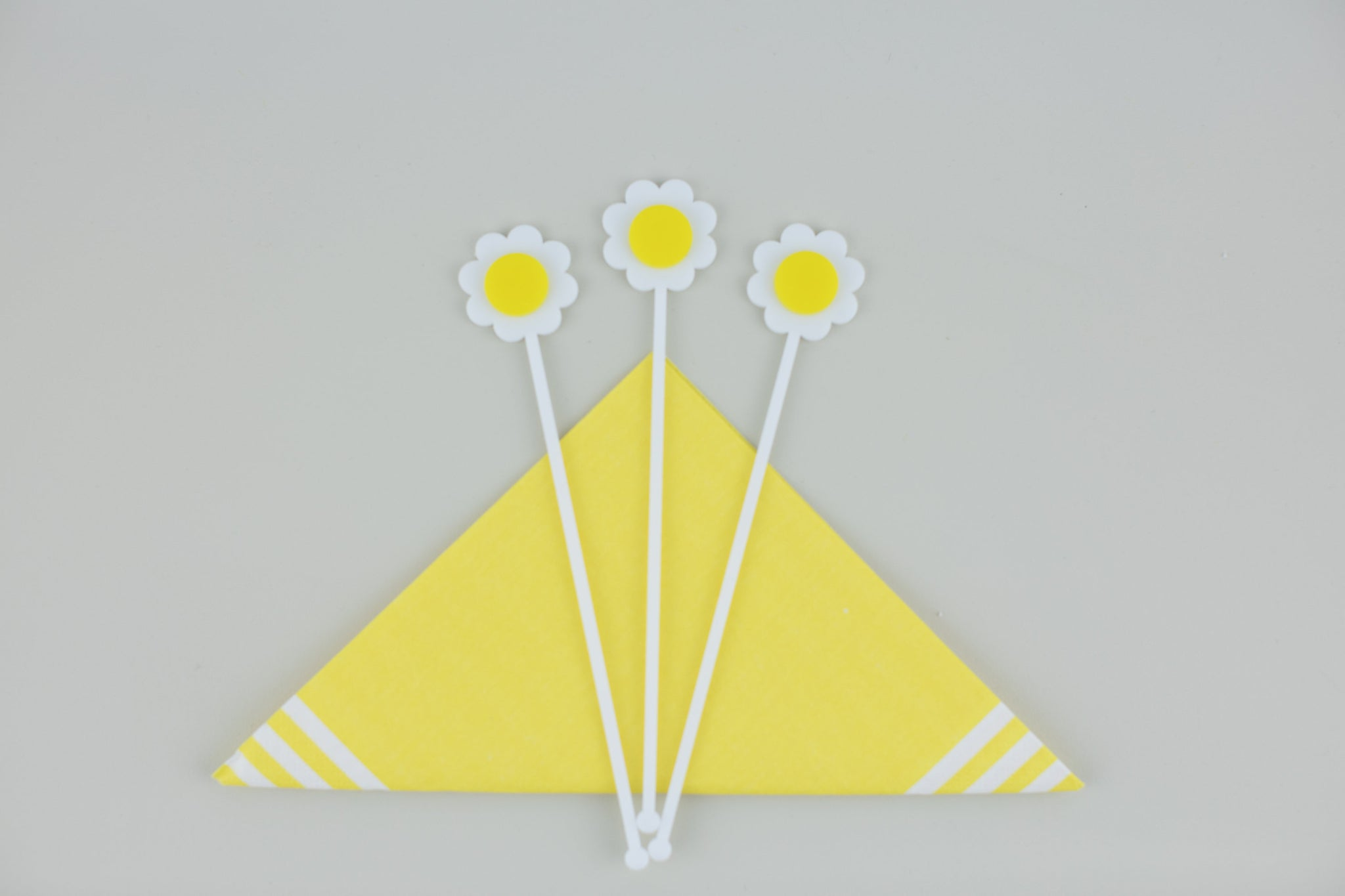 Daisy Cocktail Swizzle Sticks, Stir Sticks, Drink Stirrers Laser Cut, Acrylic, 6 Ct. - Mother's Day