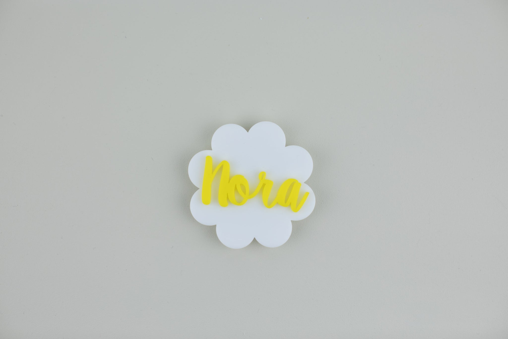 Personalized Daisy Name Tag, Acrylic Name Tag, Personalized Name Tag, Magnetic Name Tag, Kids Name Tag, Mother's Day
