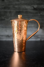 Load image into Gallery viewer, Hammered Copper Pitcher with Top
