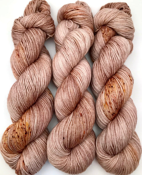 "Hand Dyed Yarn ""Caramel Mochaccino"" Brown Taupe Tan Gold Caramel Pink Speckled Merino Silk Cashmere Fingering Superwash 438yds 100g"