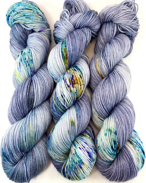 "Hand Dyed Yarn ""BeeBop Blues"" Blue Navy Grey Turquoise Teal Gold Yellow Violet Green Speckled Merino Silk Light Fingering Singles Superwash 438yds 100g"