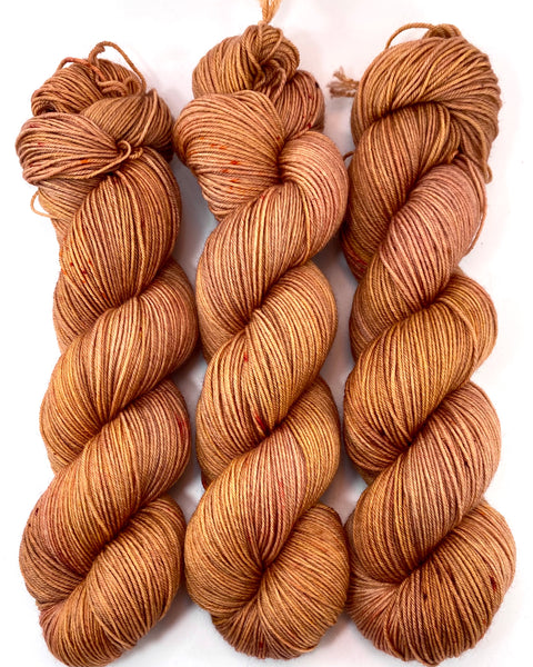"Hand Dyed Yarn ""Bittersweet"" Orange Gold Copper Peach Rust Pumpkin Caramel Speckled Merino Fingering Superwash 438yds 100g"