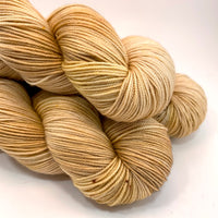 "Hand Dyed Yarn ""Wheat Kings"" Gold Tan Blonde Yellow Honey Beige Brown Copper Merino Silk Cashmere Fingering 438yds 100g"