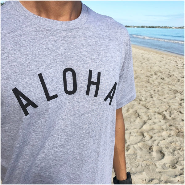 "UNIBAZAR Men's ""ALOHA"" Tee (White / Navy/Gray)"
