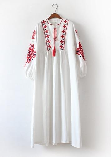 White Long Boho Dress With Embroidery beautiful