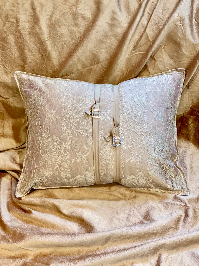 GOLD CRYSTAL ECO-CUSHION - ALEEM YUSUF