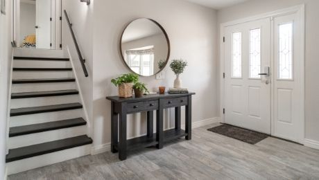 The Benefits of an Entryway Table