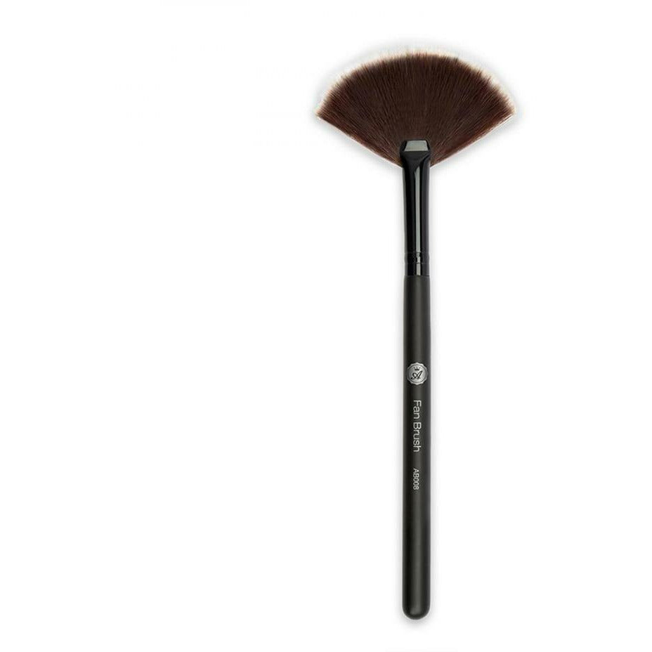 Absolute New York Cosmetics ABSOLUTE NEW YORK: Fan Brush #AB008
