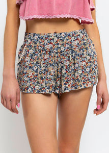 Flor Shorts - In Your Space Boutique