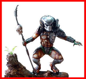 Predator Squatting with Spear 1/6 resin model kit figures - indymodel88