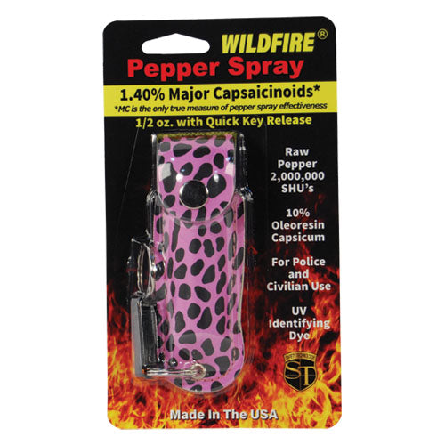 Wildfire 1.4% MC 1/2 oz pepper spray fashion leatherette holster and quick release keychain cheetah black/pink