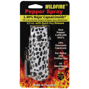 Wildfire 1.4% MC 1/2 oz pepper spray fashion leatherette holster and quick release keychain cheetah black/white
