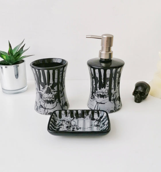 Grey Skull Bathroom Set