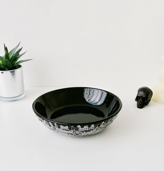 Grey Skull Small Pasta Bowl