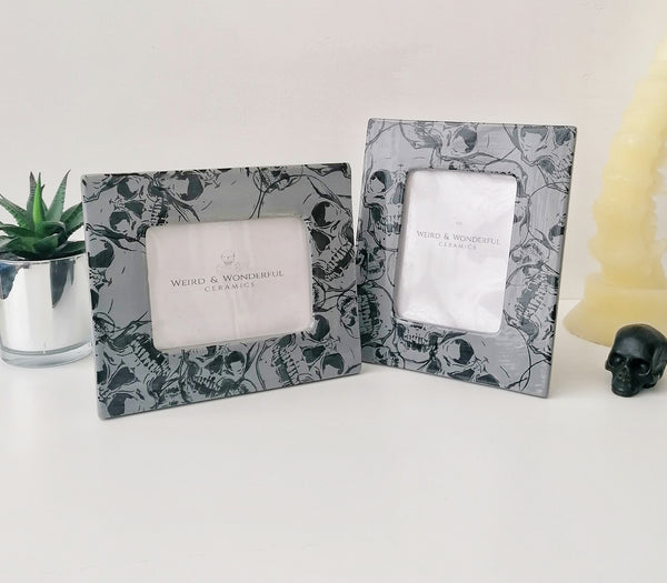 Grey Skull Photo Frame
