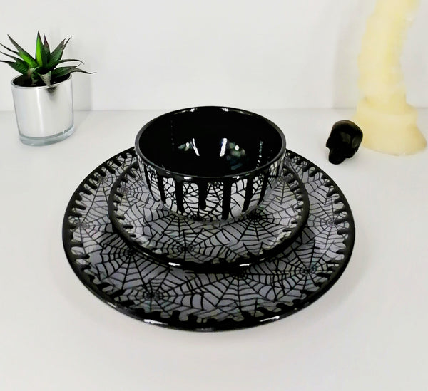 Grey Web Dinner Set