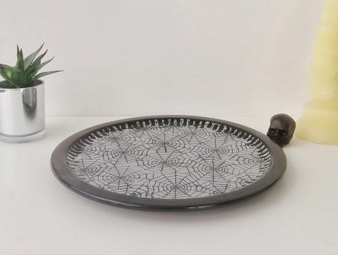 Grey Web Pizza Plate
