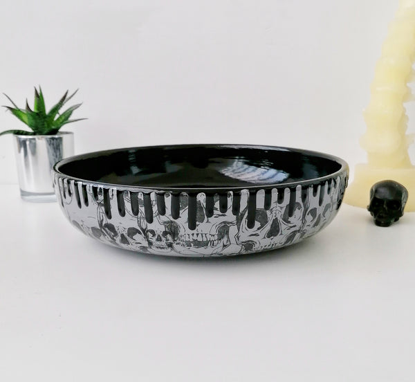 Large Grey Skull Salad Bowl