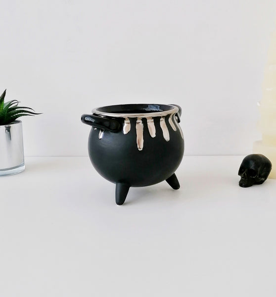 Matte Black & Silver Cauldron