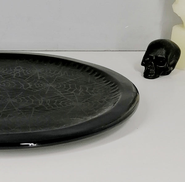 Matte Black Web Pizza Plate