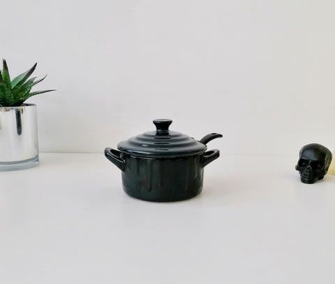 Matte Black Skull Condiment Pot With Spoon